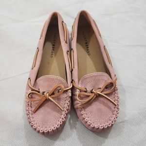 Lucky Brand girls Abel soft pink moccasins